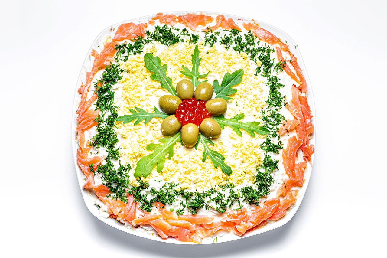Картинка Оливки Икра Рыба Еда Овощи Салаты Белый фон Морепродукты Пища Продукты питания белом фоне белым фоном