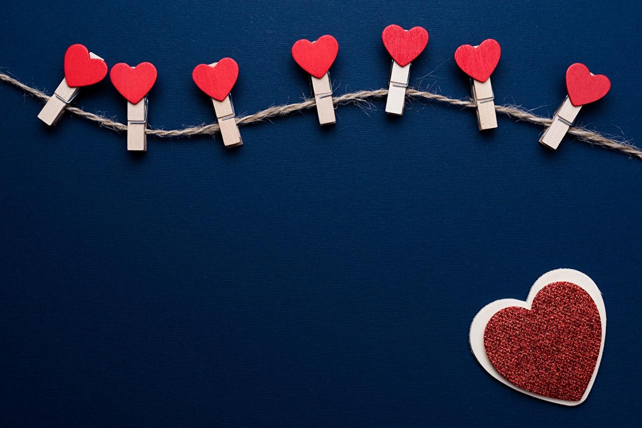 Фотографии День всех влюблённых сердечко Прищепки Шаблон поздравительной открытки День святого Валентина серце Сердце сердца