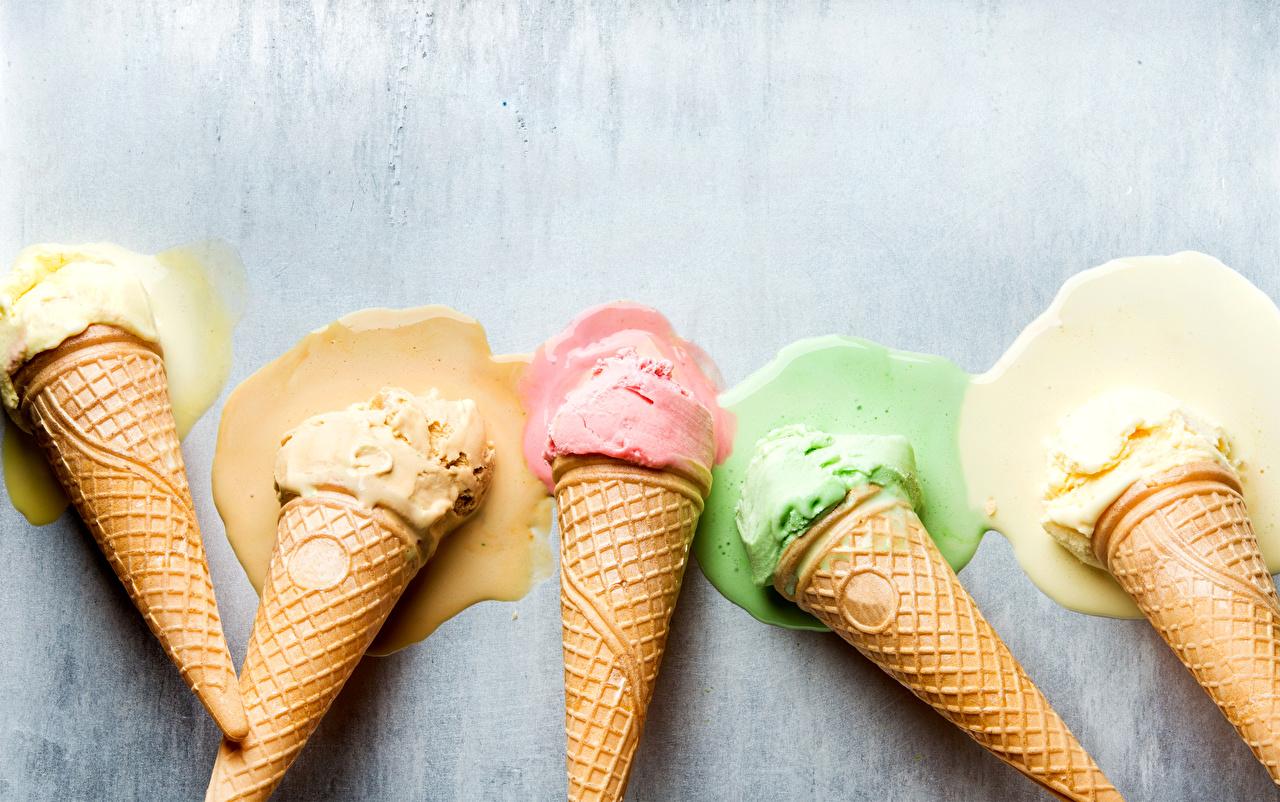 Обои для рабочего стола Продукты питания Мороженое Вафельный рожок Сладости Еда Пища сладкая еда