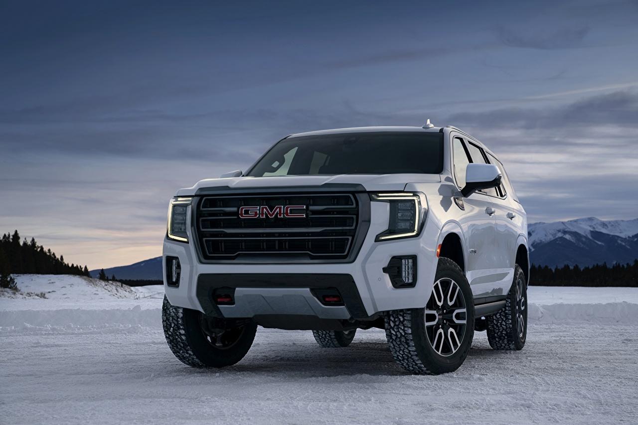 Фотографии Дженерал моторс Внедорожник Yukon, AT4, 2020 белые снега машина Спереди Металлик GMC SUV белая Белый белых Снег снегу снеге авто машины Автомобили автомобиль
