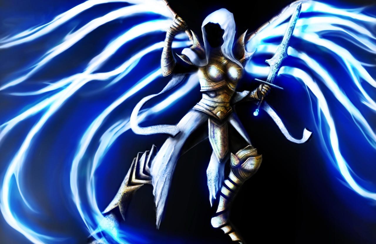 Картинка Diablo Мечи Крылья Auriel Фэнтези Игры Ангелы Капюшон Фантастика
