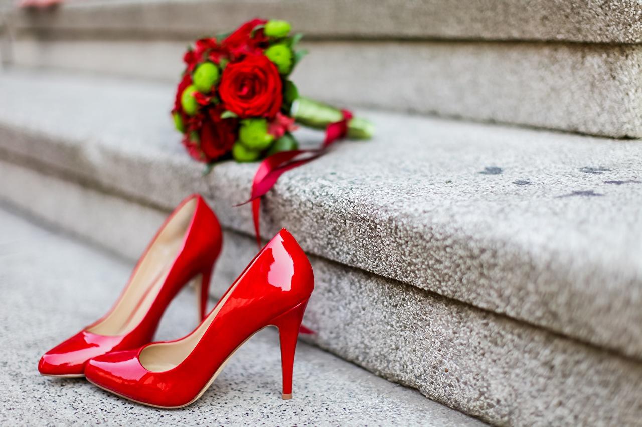 Фотография Красный Лестница вблизи Туфли Крупным планом