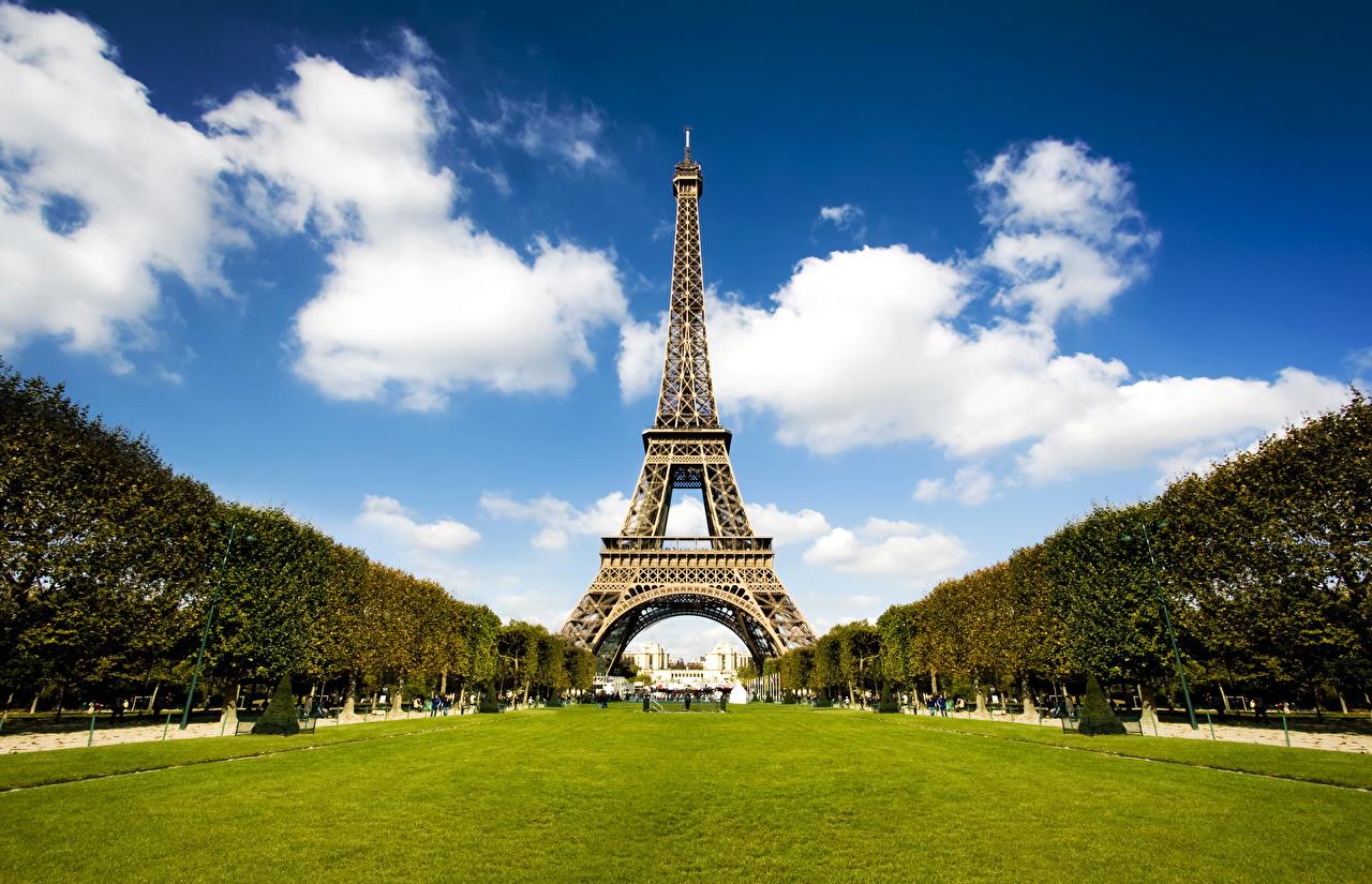 Картинки Париж Эйфелева башня Франция Парки город париже парк Города