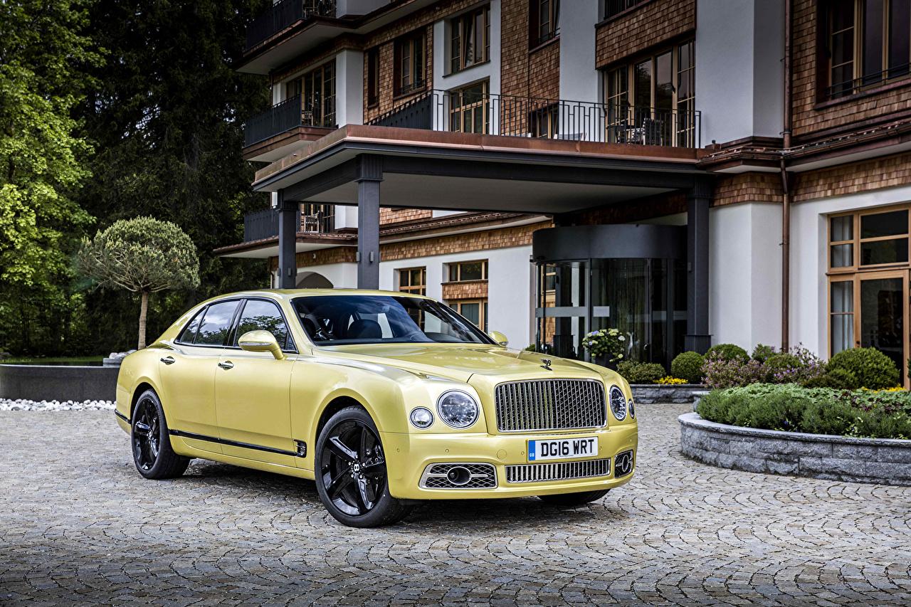 Картинка Бентли 2016 Mulsanne Speed Роскошные желтые Металлик Автомобили Bentley дорогие дорогой дорогая люксовые роскошная роскошный желтых Желтый желтая Авто Машины