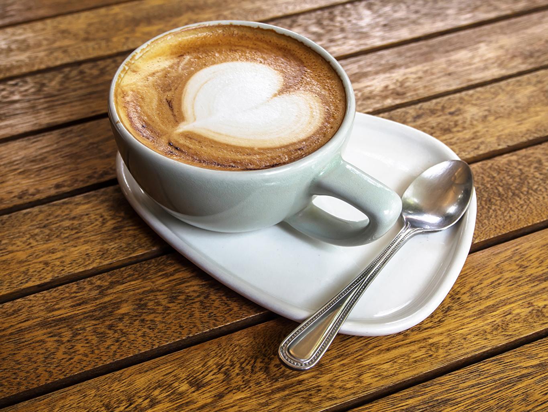 Фото сердечко Кофе Капучино Еда Чашка Ложка Напитки серце Сердце сердца Пища чашке ложки Продукты питания напиток