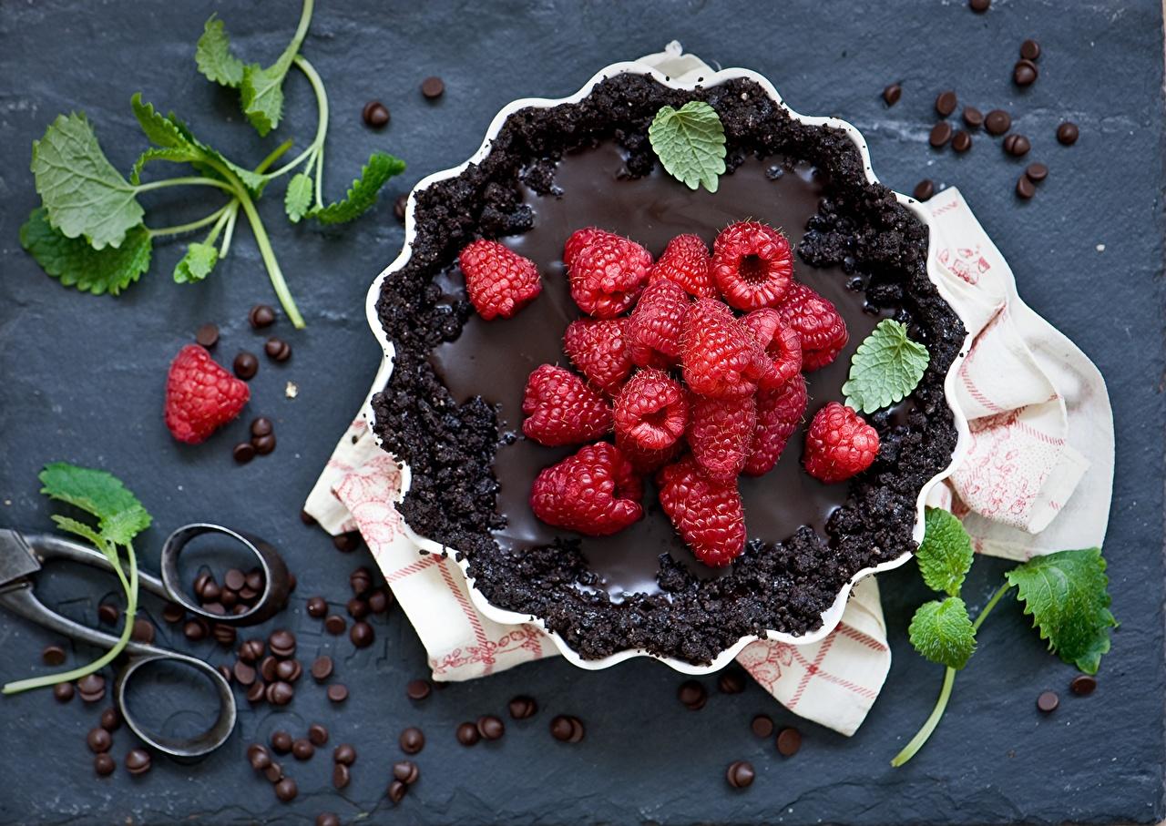 Фотографии Пирог лист Шоколад Кофе Зерна Малина Продукты питания Выпечка Листья Листва зерно Еда Пища