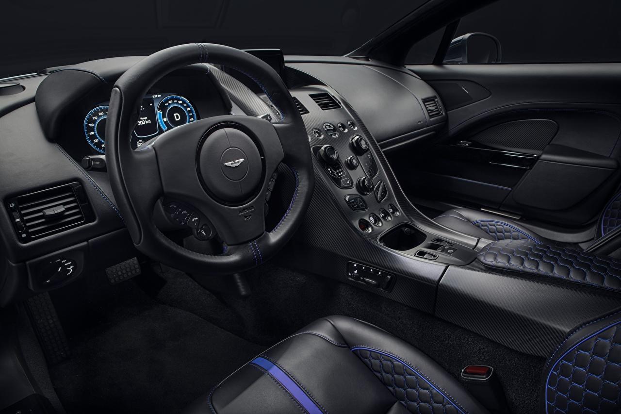 Картинки Aston Martin Салоны Рулевое колесо Rapide, 2019 Интерьер автомобиль Астон мартин Автомобильный руль авто машины машина Автомобили