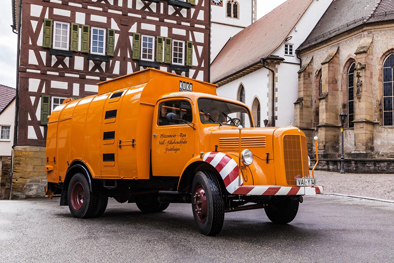 Картинка Грузовики Мерседес бенц LM 311 KUKA Hauben Müllsammler, (Br. L 311), 1956 Ретро оранжевая машина Mercedes-Benz винтаж старинные Оранжевый оранжевые оранжевых авто машины Автомобили автомобиль
