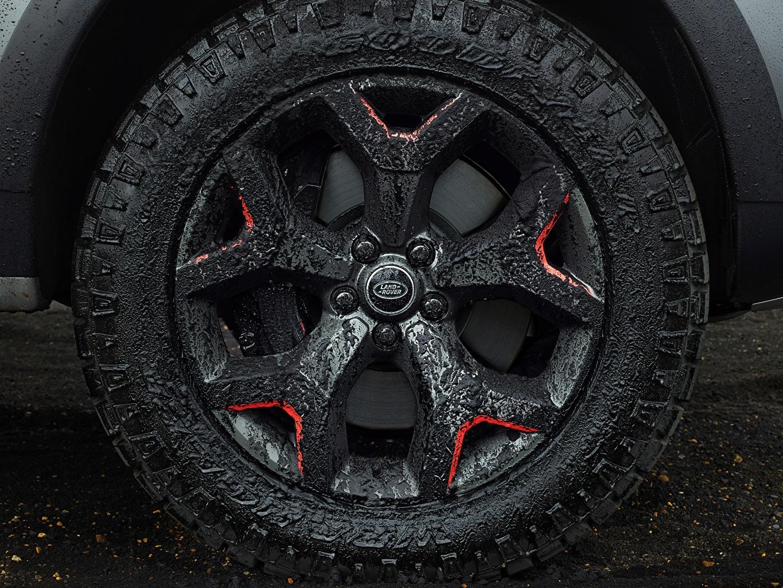 Фото Land Rover Discovery 4x4 2017 V8 SVX 525 Колесо Грязь автомобиль Крупным планом Range Rover колеса авто машины машина в грязи грязный Автомобили вблизи