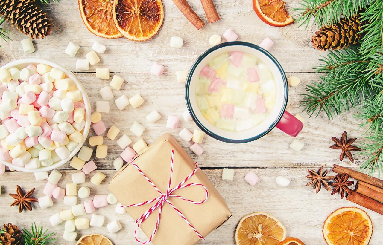 Обои для рабочего стола Рождество Маршмэллоу Подарки Еда Кружка Новый год зефирки подарок подарков Пища кружки кружке Продукты питания
