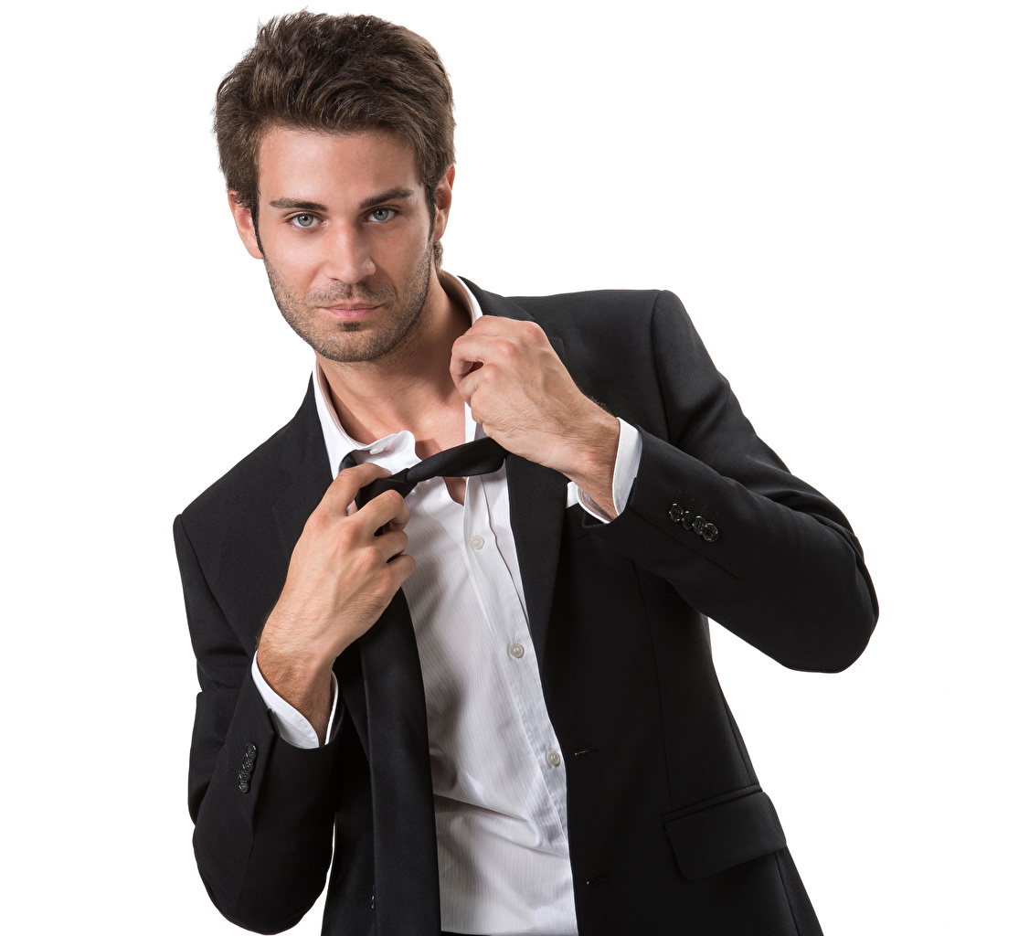Фото позирует Модель Мужчины Руки Взгляд белом фоне Поза фотомодель рука смотрят смотрит Белый фон белым фоном