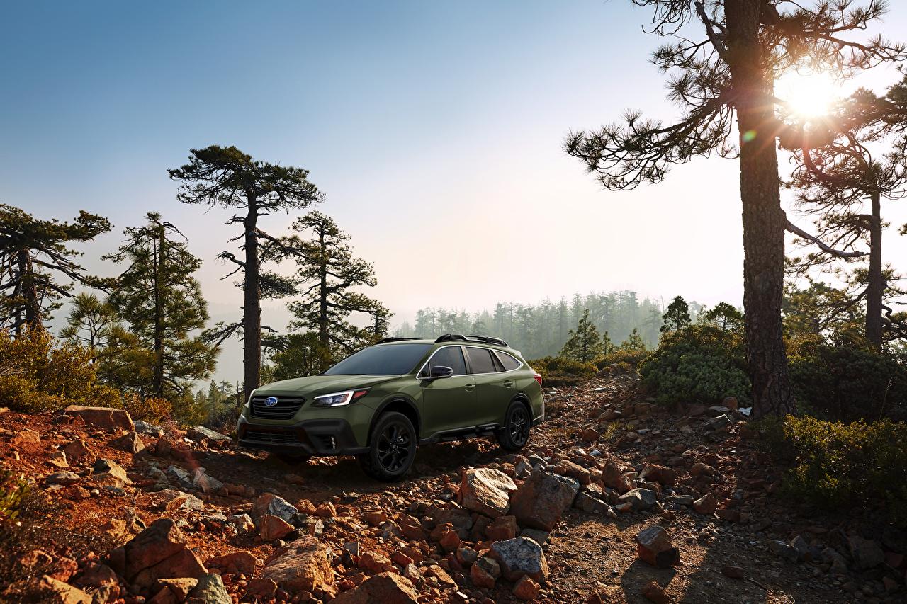 Фотографии Субару Кроссовер 2020 Outback Onyx Edition XT Зеленый машины Subaru CUV зеленая зеленые зеленых авто машина Автомобили автомобиль