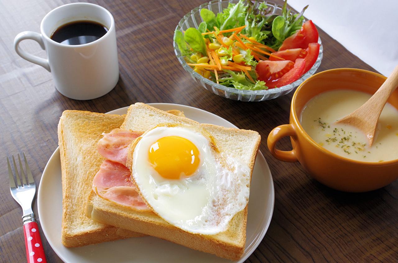 Картинка глазунья Кофе Завтрак Хлеб Пища чашке Салаты Яичница яичницы Еда Чашка Продукты питания