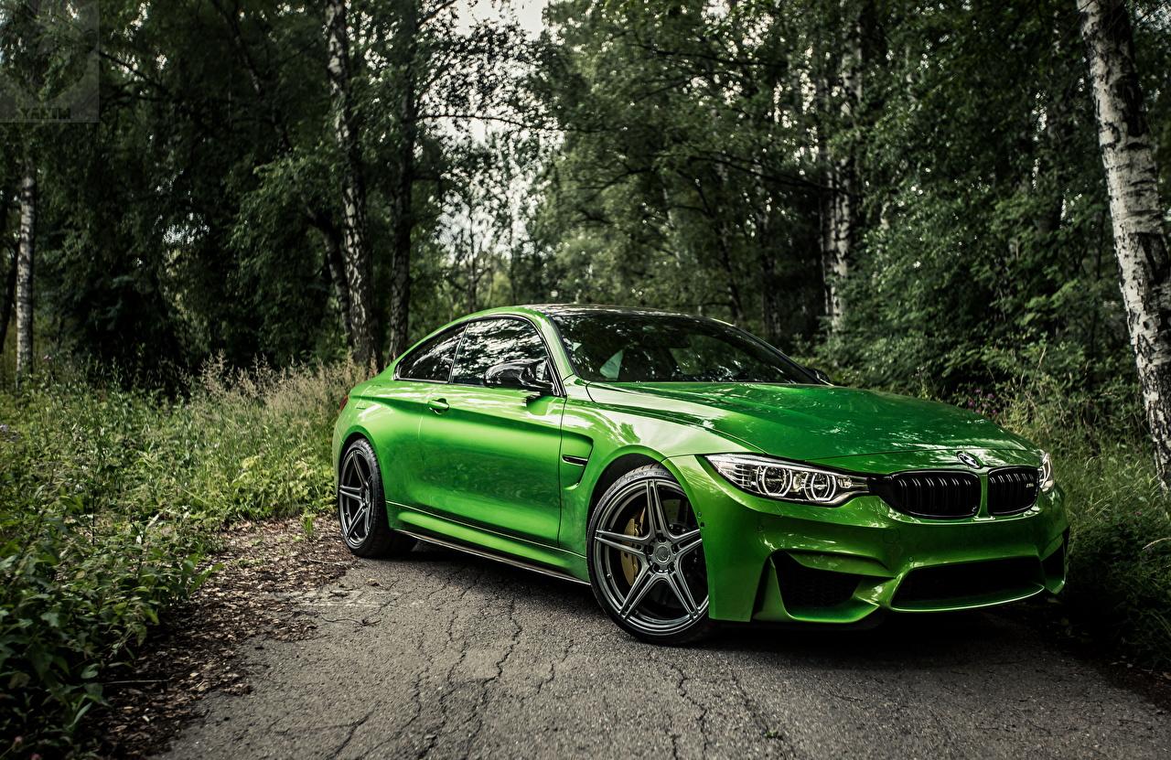 Фотография BMW f82 зеленая авто Металлик БМВ зеленых зеленые Зеленый машина машины автомобиль Автомобили