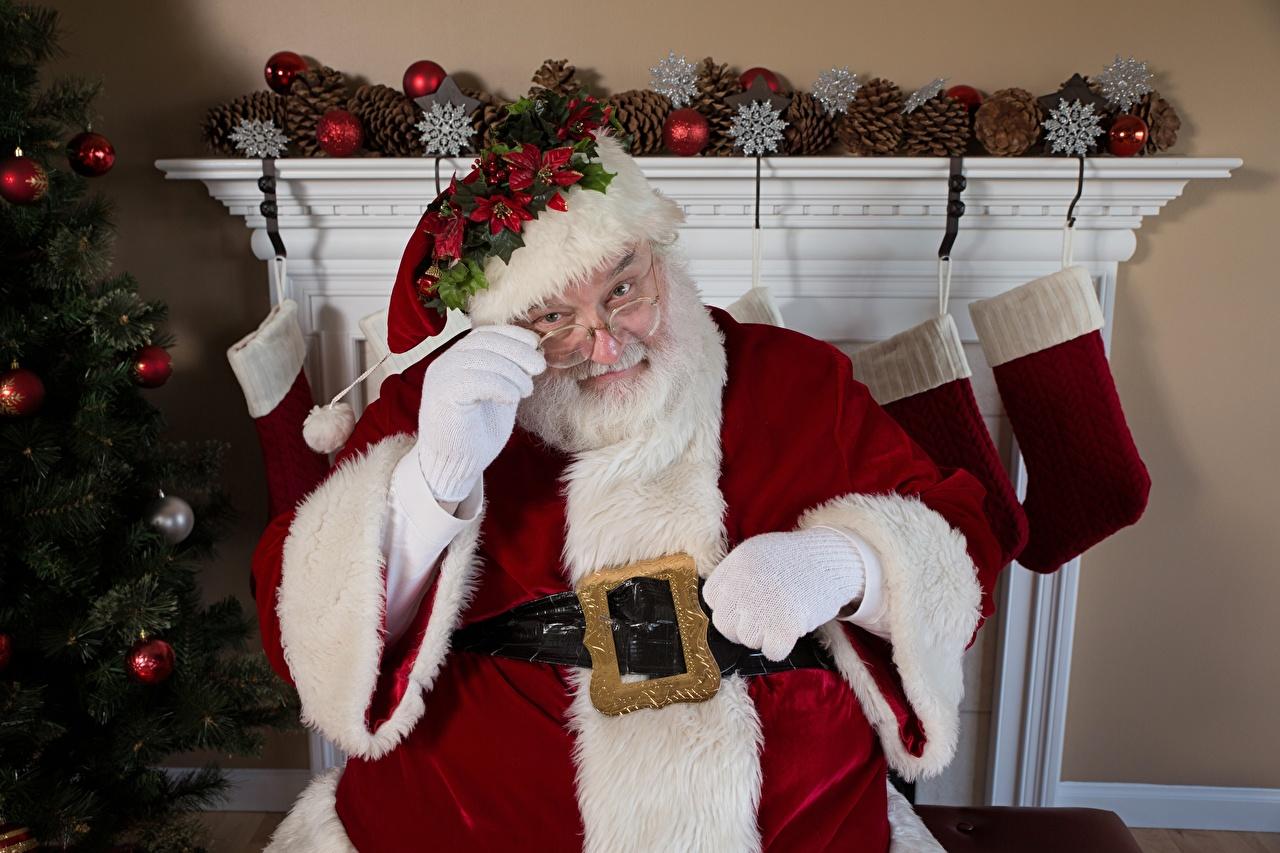 Картинка Новый год Шапки Санта-Клаус Очки Рождество Дед Мороз