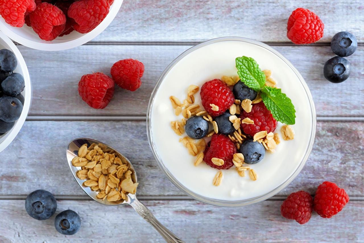 Картинки Йогурт Малина Черника Еда Мюсли Пища Продукты питания