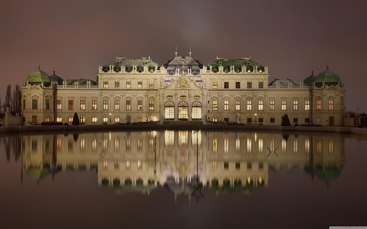 Картинки Вена Дворец Австрия Belvedere Отражение в ночи Города дворца отражении отражается Ночь ночью Ночные город
