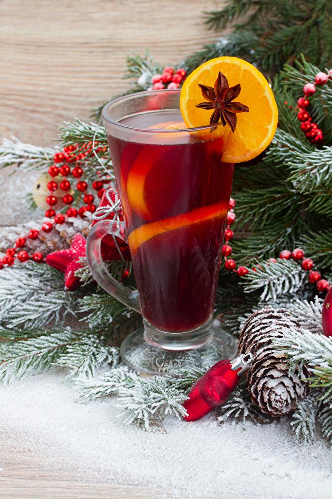 Фотографии Новый год Бадьян звезда аниса Стакан Лимоны Еда Шишки Ветки Напитки Рождество Пища ветвь Продукты питания