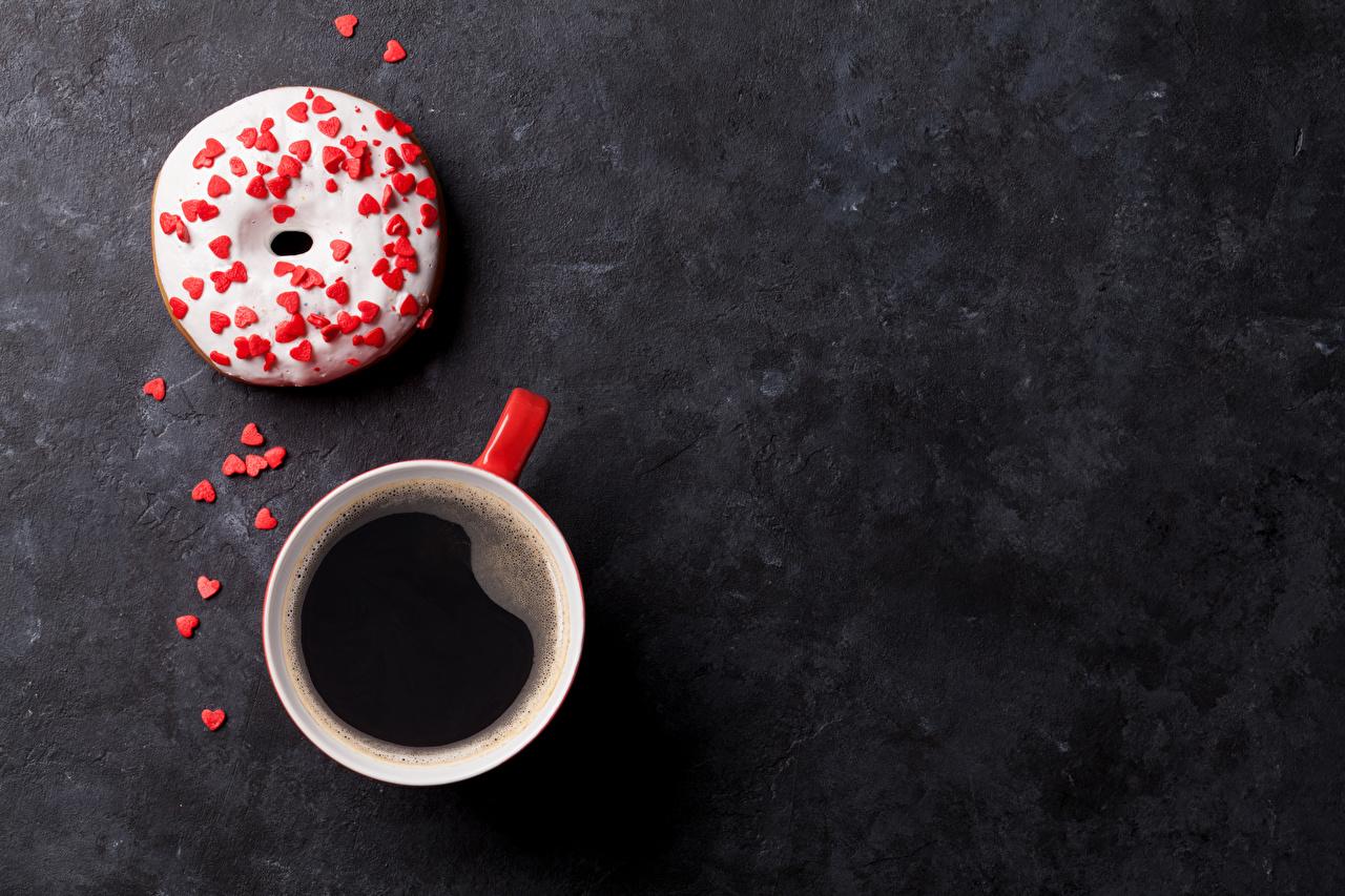 Обои Сердце Кофе Пончики чашке Продукты питания Сладости серце сердца сердечко Еда Пища Чашка