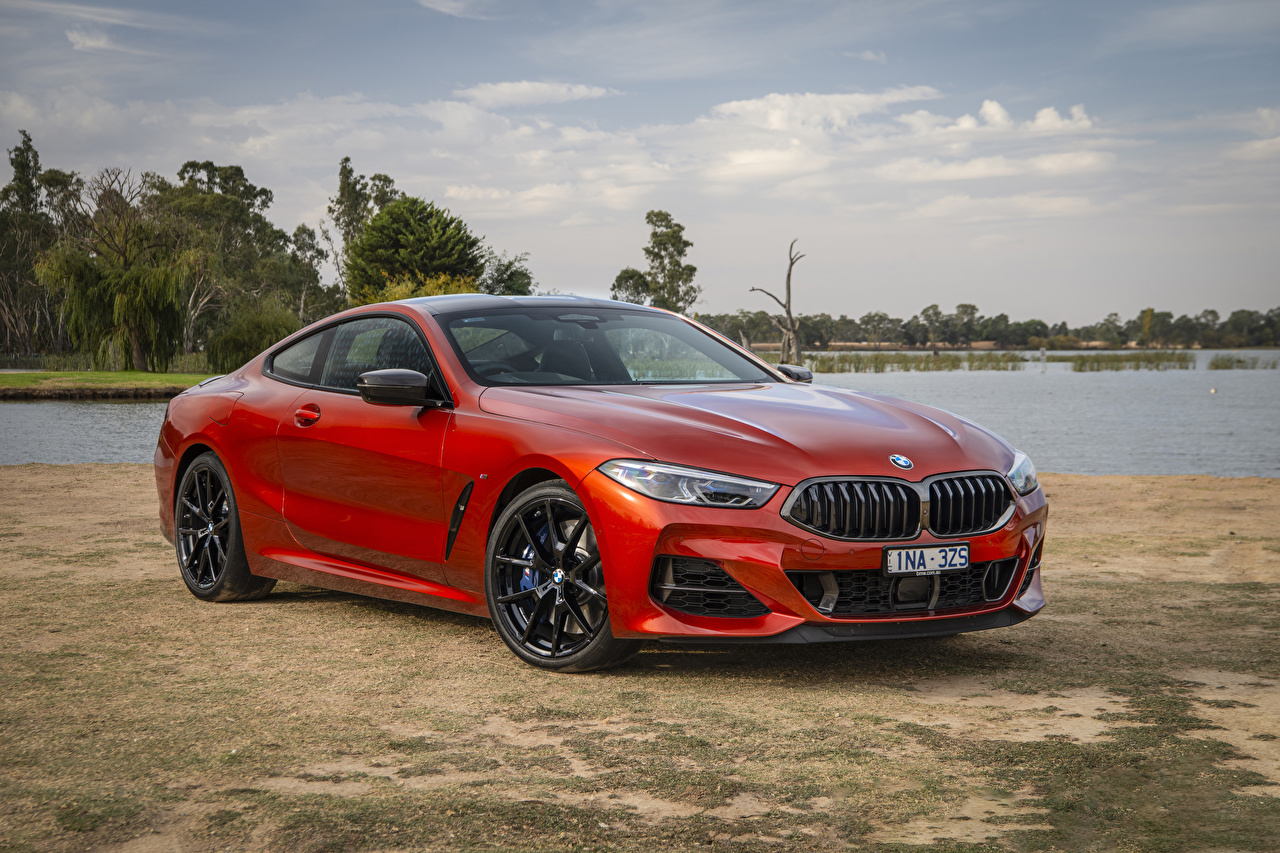 Картинки БМВ 2019 M850i xDrive Coupé Carbon Package Купе Красный авто BMW красных красные красная машина машины автомобиль Автомобили