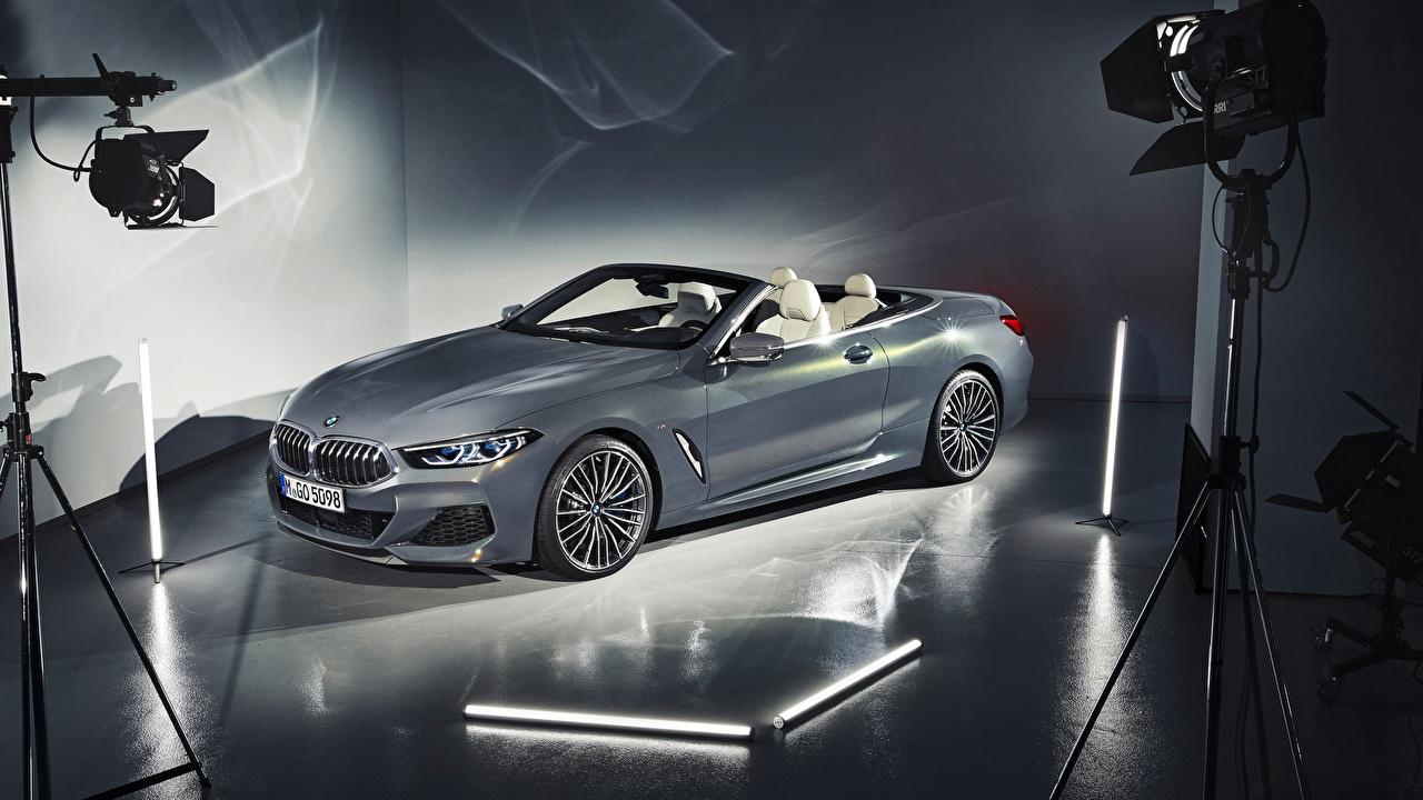Фотография BMW 2018 xDrive 8-Series M850i Кабриолет серые машина БМВ кабриолета Серый серая авто машины автомобиль Автомобили