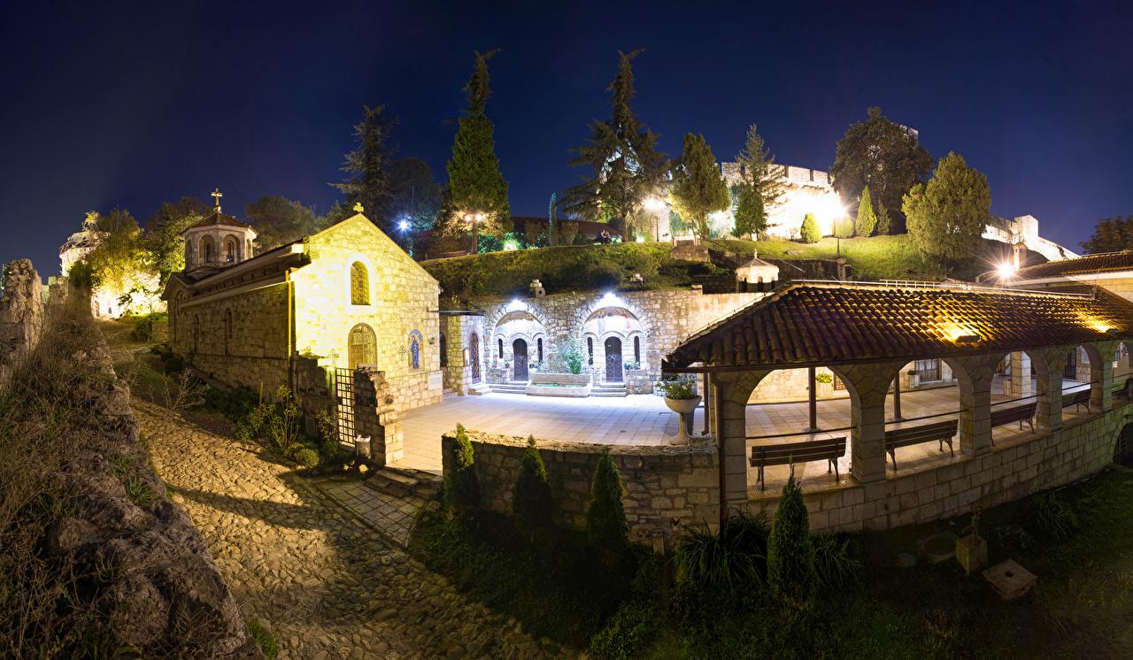 Фотографии Сербия Церковь Church of Saint Petka Beograd Ночь храм Города ночью Храмы в ночи Ночные город