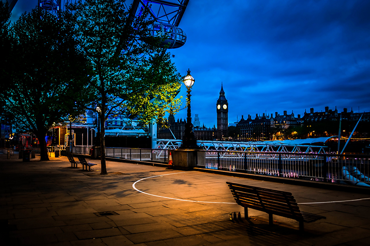 Фотография Лондон Англия Великобритания ночью Скамейка Уличные фонари Города Здания лондоне Ночь в ночи Скамья Ночные Дома город