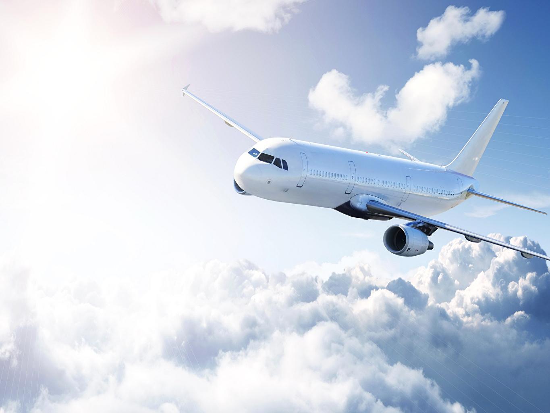 Картинки Самолеты Пассажирские Самолеты Небо Облака Авиация облако облачно