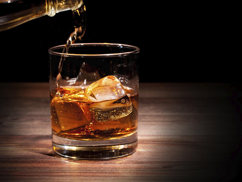 Картинки льда Виски стакана Пища вблизи Лед Стакан стакане Еда Продукты питания Крупным планом