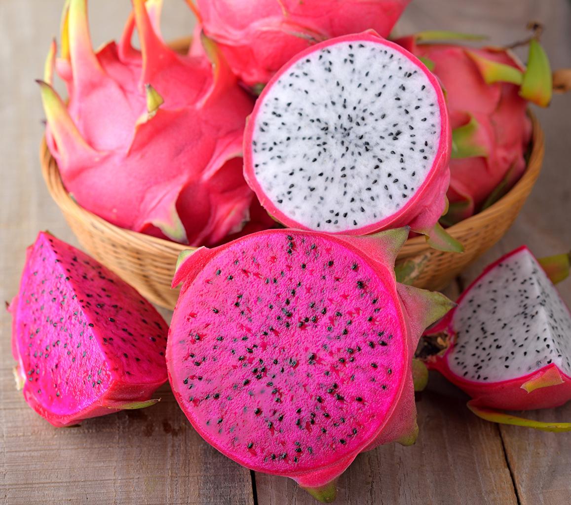 Фотография Питайя Фрукты Продукты питания вблизи Доски драконий фрукт Еда Пища Крупным планом