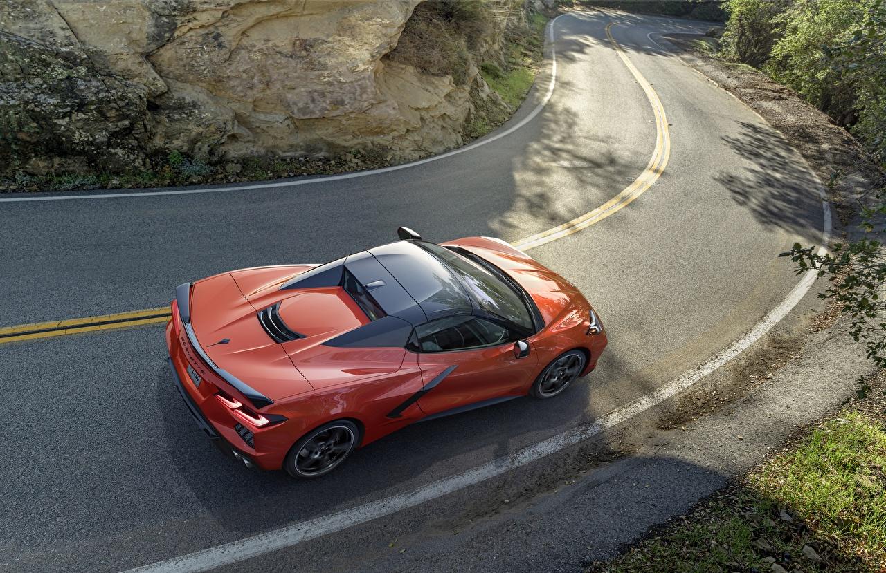 Фотография Шевроле Corvette Stingray 2020 C8 оранжевые Дороги Сверху автомобиль Chevrolet оранжевых Оранжевый оранжевая авто машина машины Автомобили