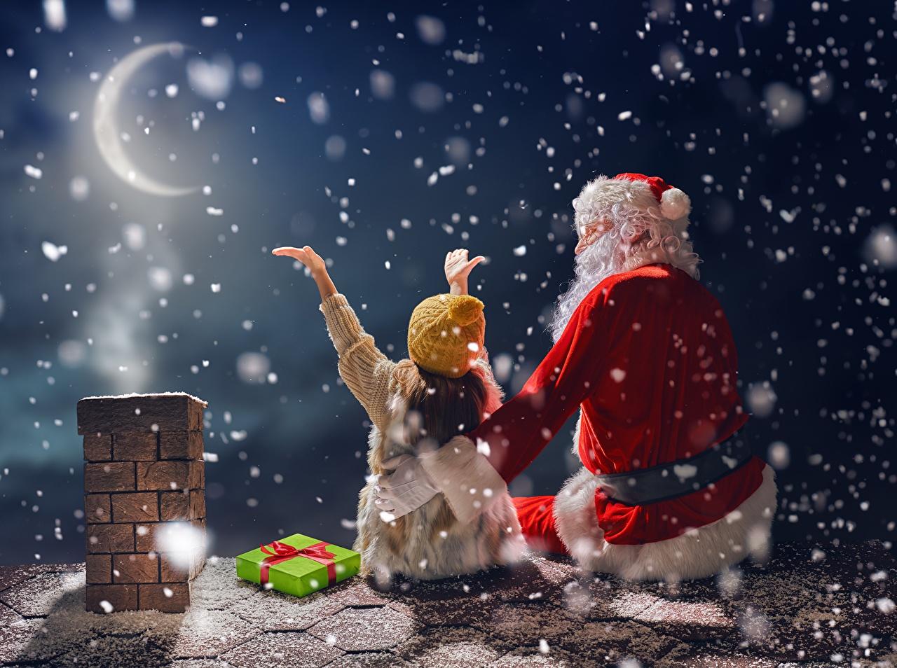 Картинки девочка Новый год Дети шапка крыше снежинка Дед Мороз луной Ночь Полумесяц Праздники Девочки Рождество ребёнок Шапки Крыша краши в шапке Снежинки Санта-Клаус Луна луны ночью в ночи Ночные лунный серп