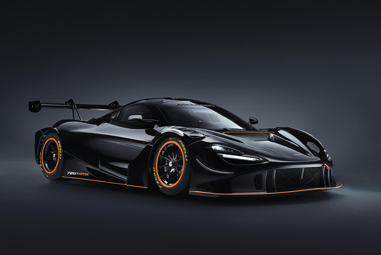 Фото Макларен 2021 720S GT3X Черный Металлик Автомобили сером фоне McLaren черная черные черных авто машины машина автомобиль Серый фон
