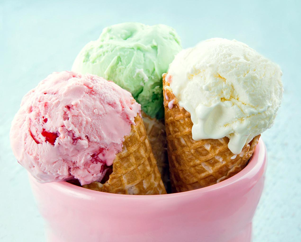 Фотография Мороженое Еда Сладости Цветной фон Пища Продукты питания сладкая еда