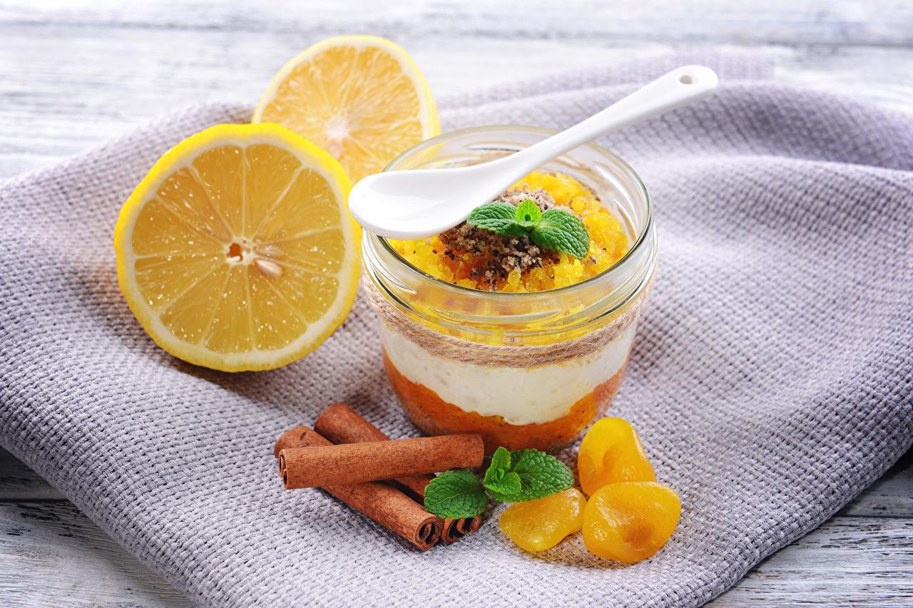 Картинки Стакан Лимоны Корица Десерт Пища стакана стакане Еда Продукты питания
