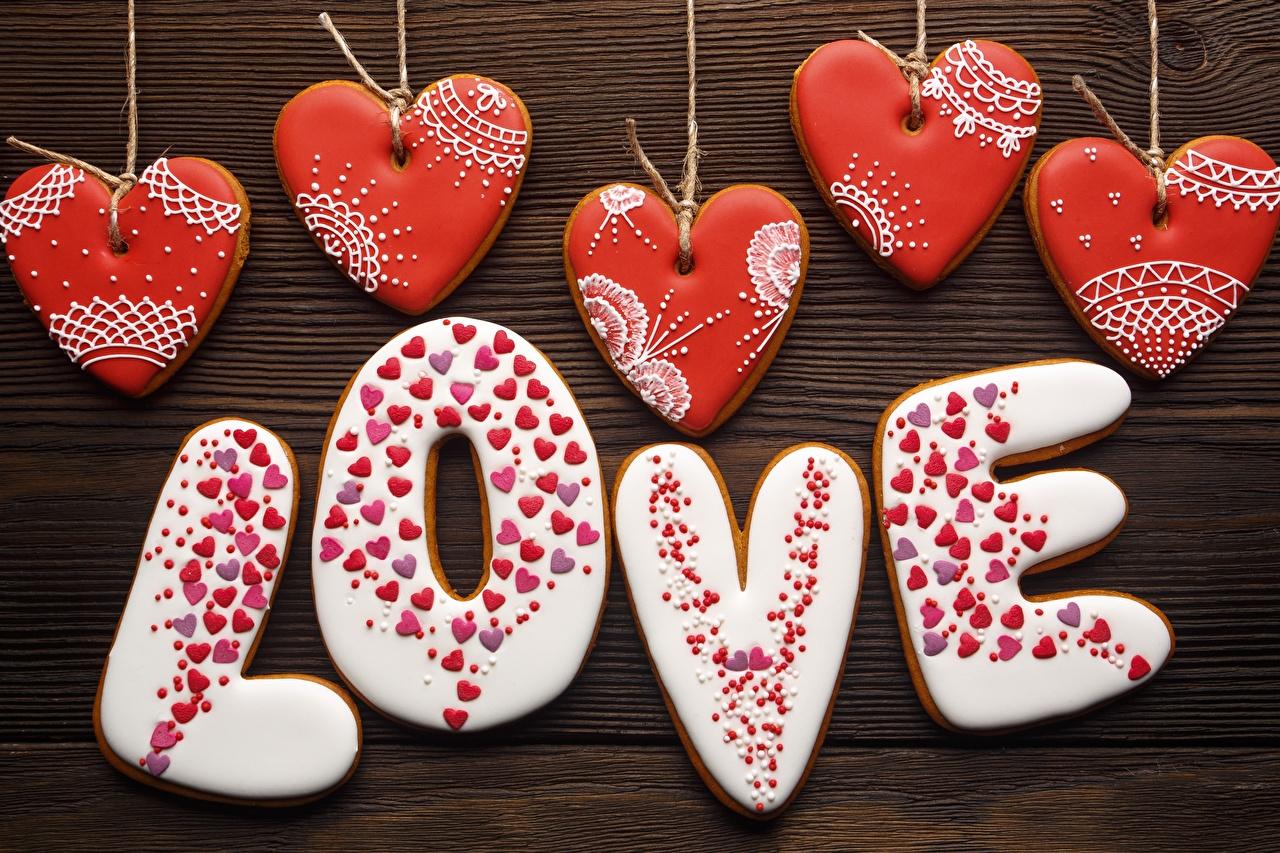 Картинка День всех влюблённых Английский серце Любовь слова Еда Печенье День святого Валентина инглийские английская Сердце сердца сердечко текст Слово - Надпись Пища Продукты питания