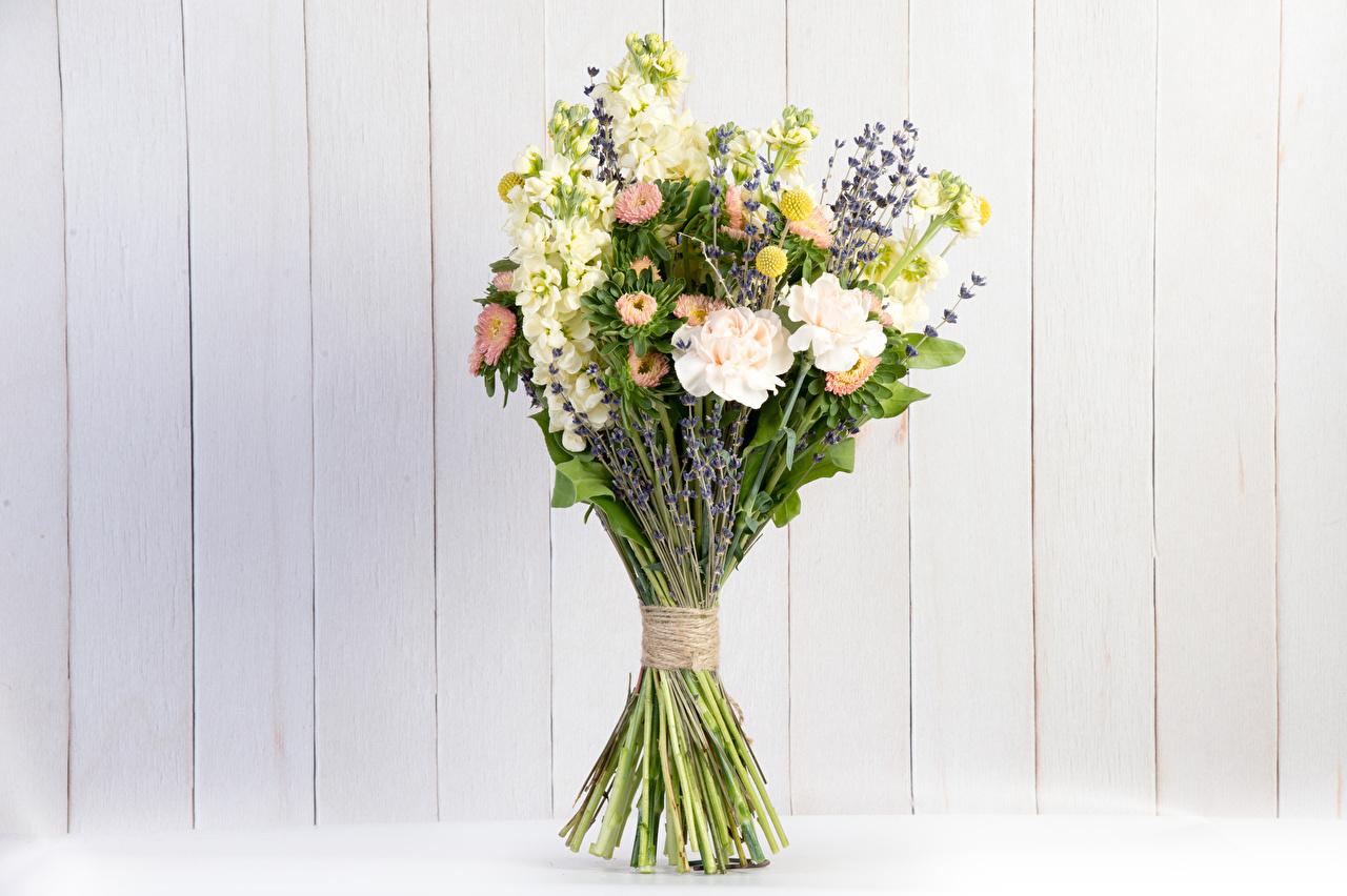Фотография букет Астры Левкой цветок Лаванда стене Доски Букеты Цветы Маттиола Стена стены стенка