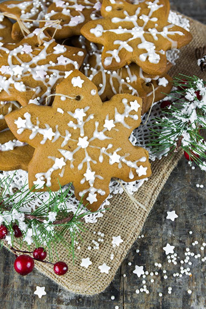 Фотографии Рождество Снежинки Пища Печенье  для мобильного телефона Новый год снежинка Еда Продукты питания