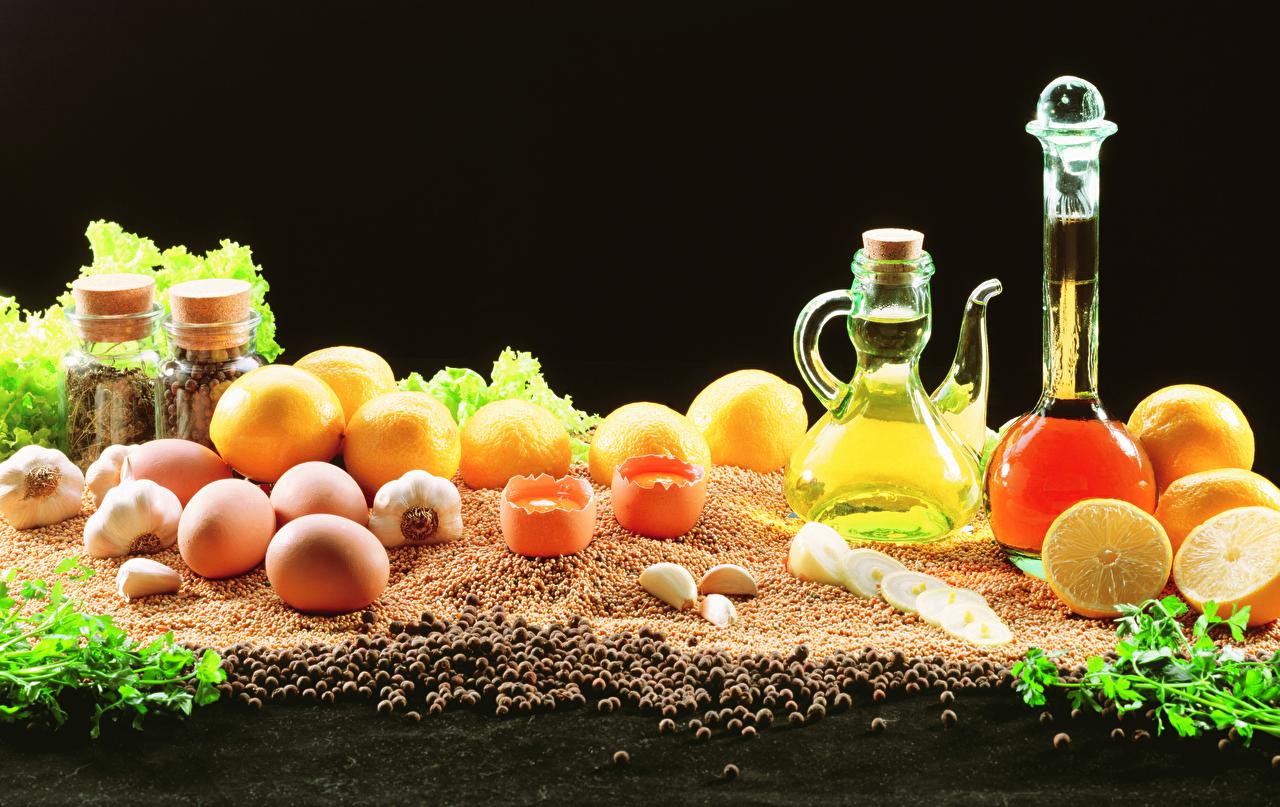 Фотографии яйцо Перец чёрный Лимоны Чеснок кувшины пряности Продукты питания Натюрморт яиц Яйца яйцами Кувшин Еда Пища Специи приправы