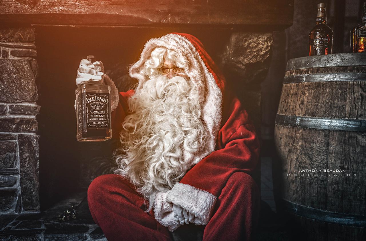 Картинка Новый год Санта-Клаус бренд Бутылка Праздники Рождество Дед Мороз Бренды бутылки