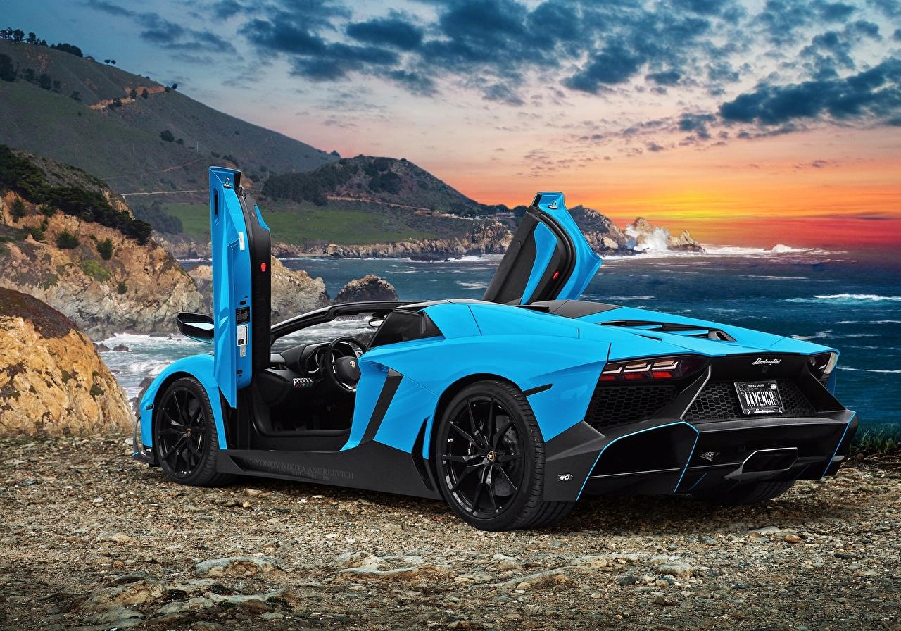 Фотографии автомобиль Ламборгини Aventador LP720-4 50 Anniversario Открытая дверь авто машина машины Автомобили Lamborghini