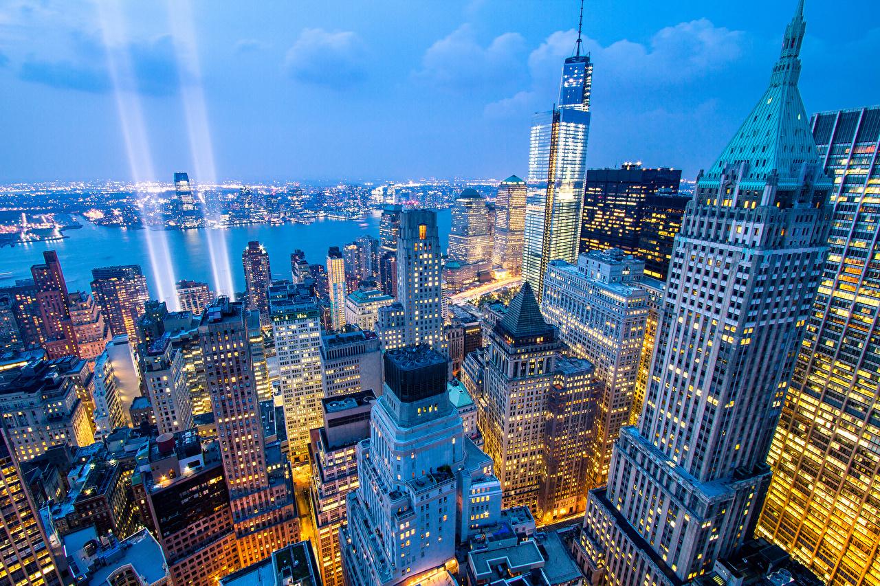 Фотографии Нью-Йорк США ночью Сверху Небоскребы Дома город штаты америка Ночь в ночи Ночные Города Здания