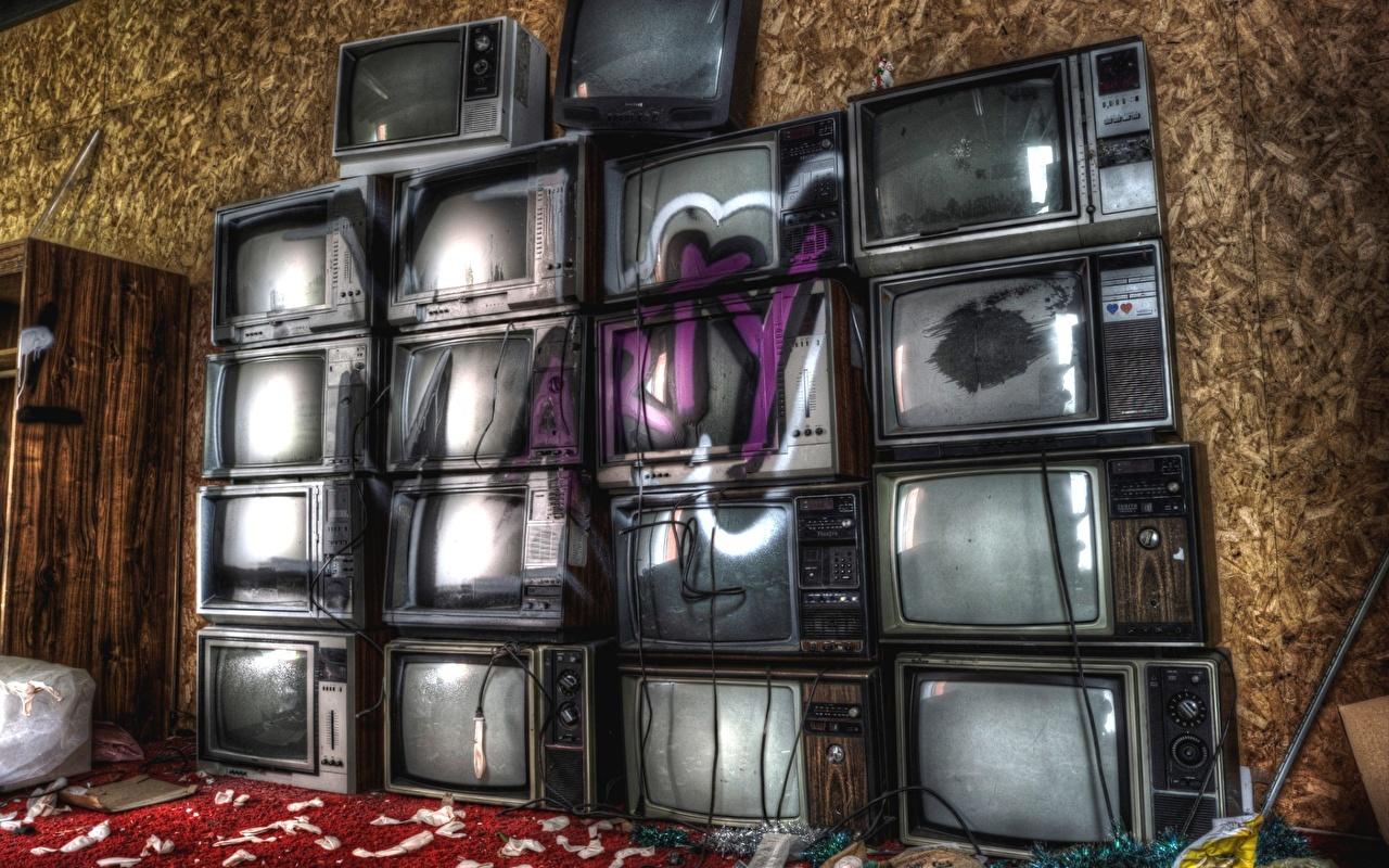 Картинки HDRI Граффити ТВ старая HDR старые Старый Телевизор