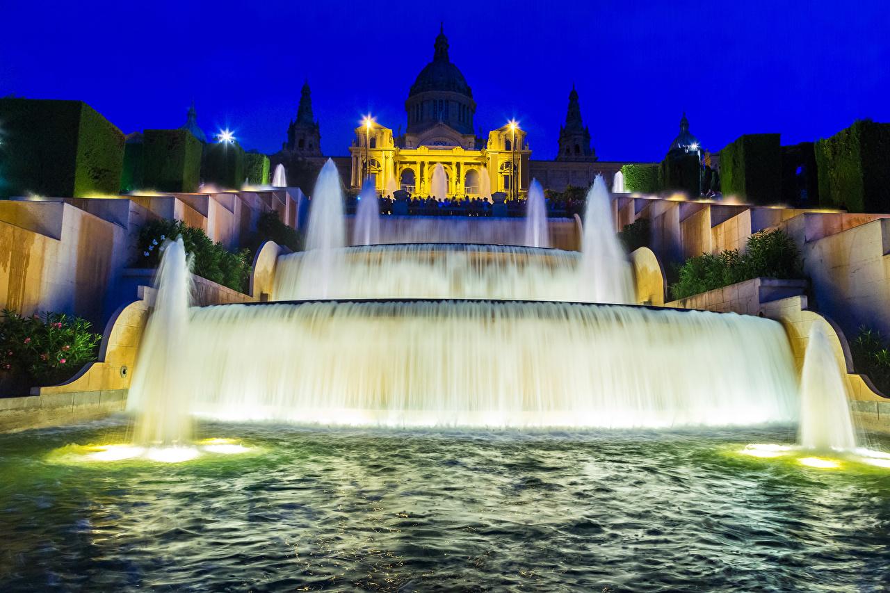 Картинка Барселона Испания Фонтаны Ночь Уличные фонари Города ночью в ночи Ночные город