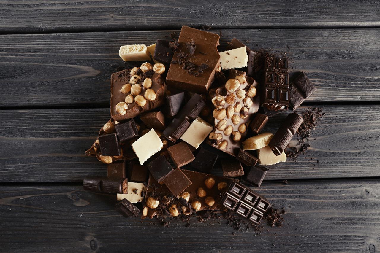 Фото Шоколад Еда Орехи сладкая еда Доски Пища Продукты питания Сладости