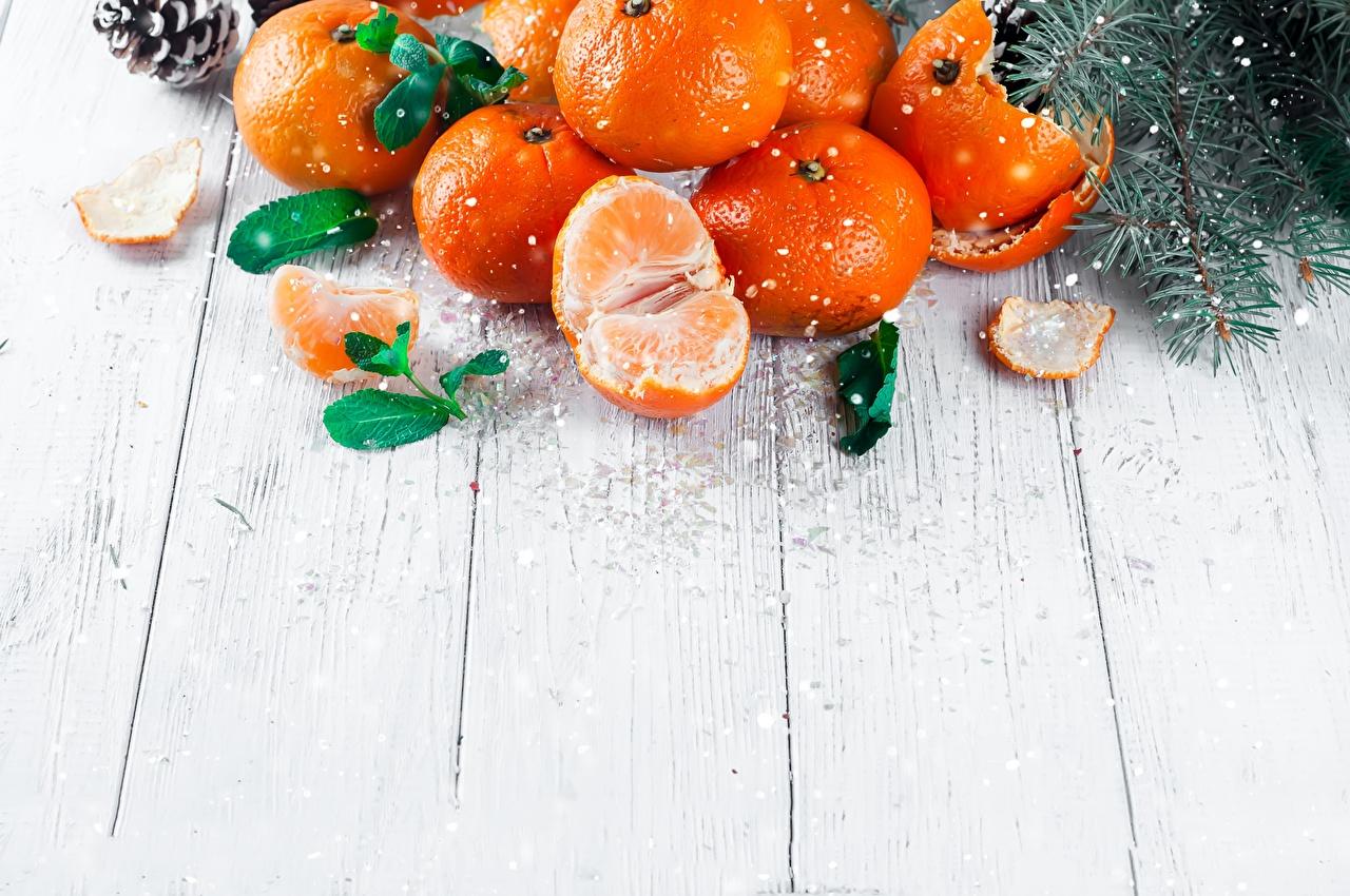 Фото Рождество Мандарины Еда Шаблон поздравительной открытки Доски Новый год Пища Продукты питания