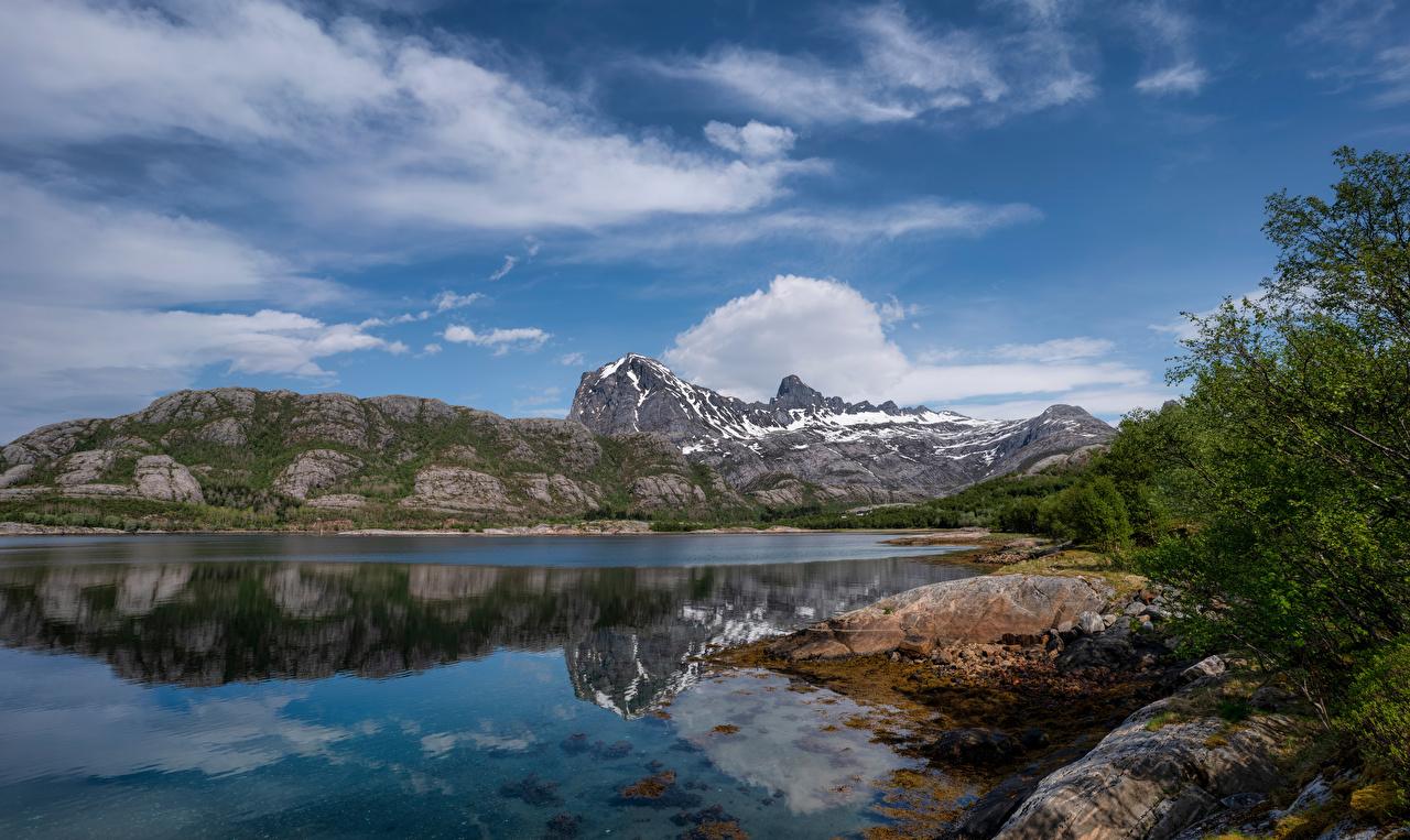 Картинка Норвегия Jektvik Горы Скала Природа Небо Облака гора Утес скале скалы облако облачно