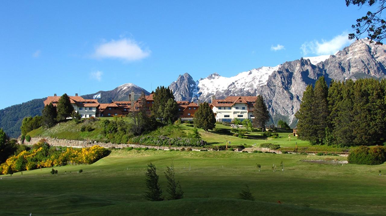 Обои для рабочего стола Аргентина Bariloche, Patagonia Горы скале Природа Луга гора Утес Скала скалы