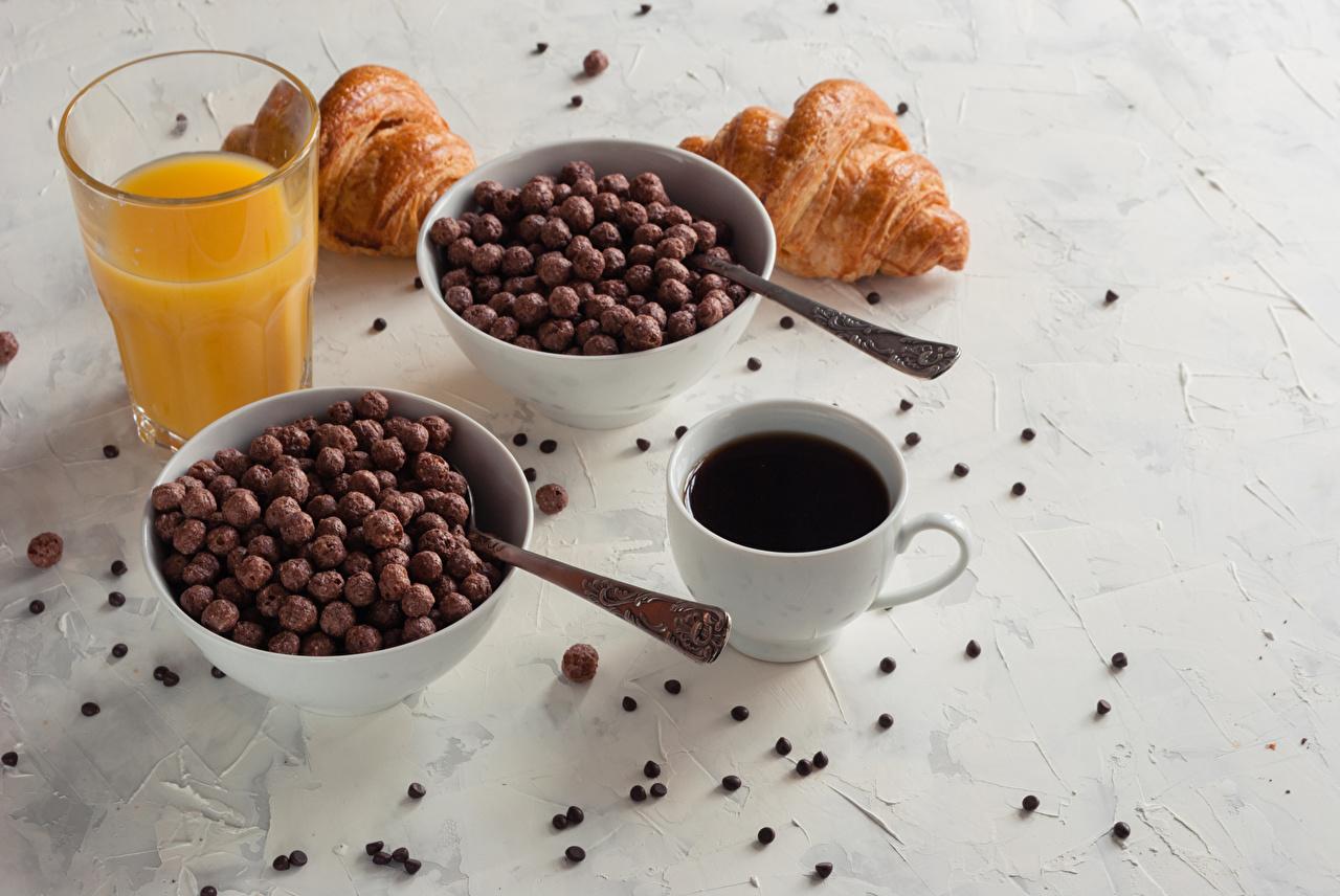 Фото Сок Кофе Завтрак Круассан Стакан Пища Чашка стакана стакане Еда чашке Продукты питания