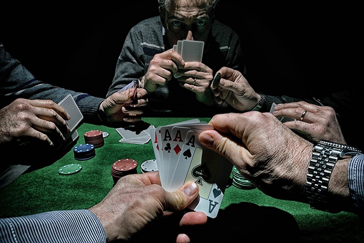 Фотография Poker Стол Руки Карты